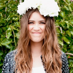 feature-flowercrown